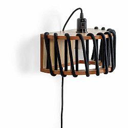 Čierna nástenná lampa s drevenou konštrukciou EMKO Macaron, dĺžka 30 cm